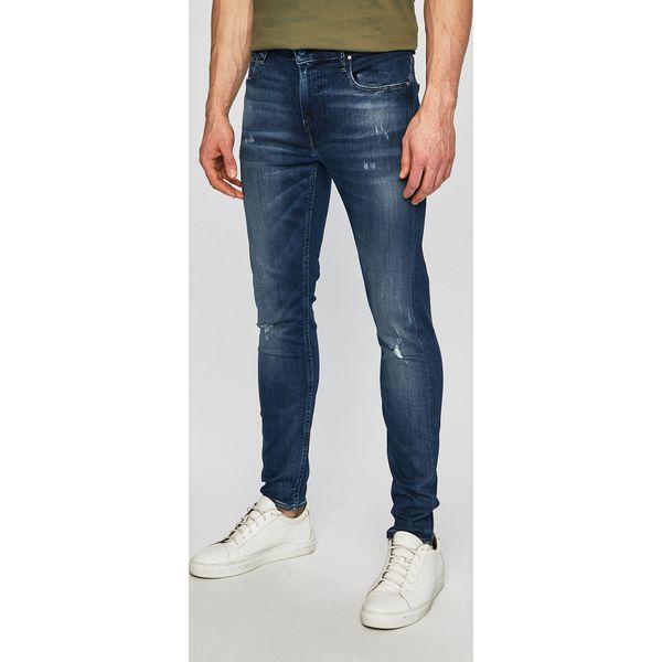 c5490b94bc3ec Jeansy marki Guess Jeans - Kolekcja lato 2019 - Moda w Men's Health