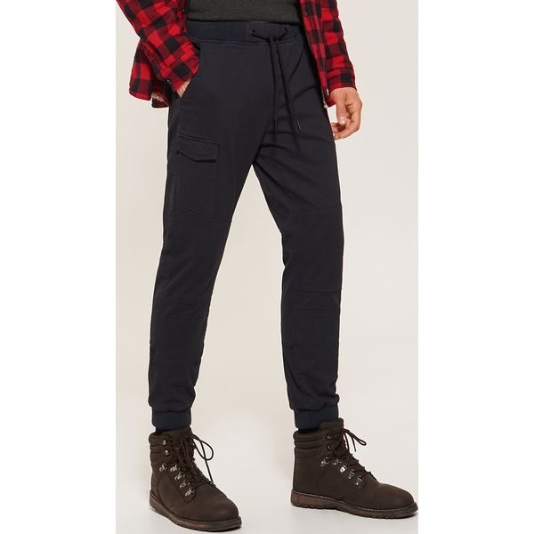 025221f5d431e Spodnie typu jogger - Granatowy - Joggery i bojówki marki House. Za ...