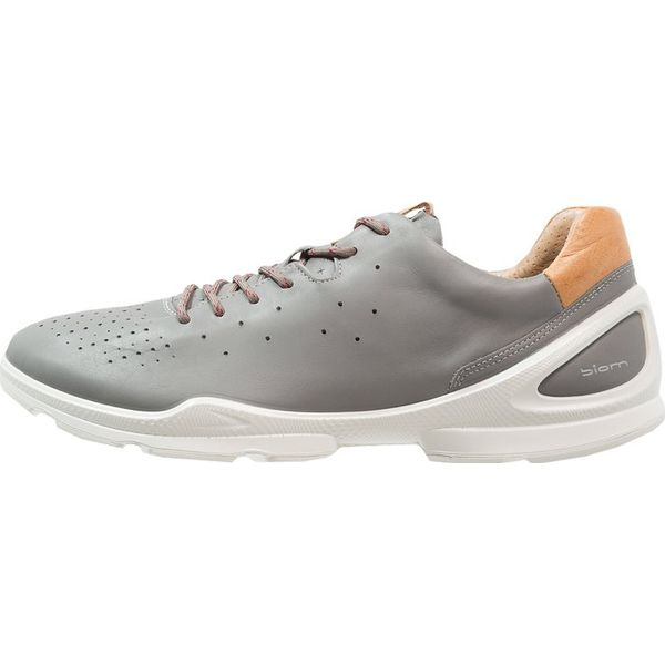 f08aa90c Odzież i obuwie sportowe męskie marki ecco - Kolekcja lato 2019 - Moda w  Men's Health